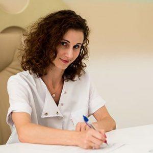 medic dermatolog consultatie dermatologie clinica de dermatologie estetica yiara